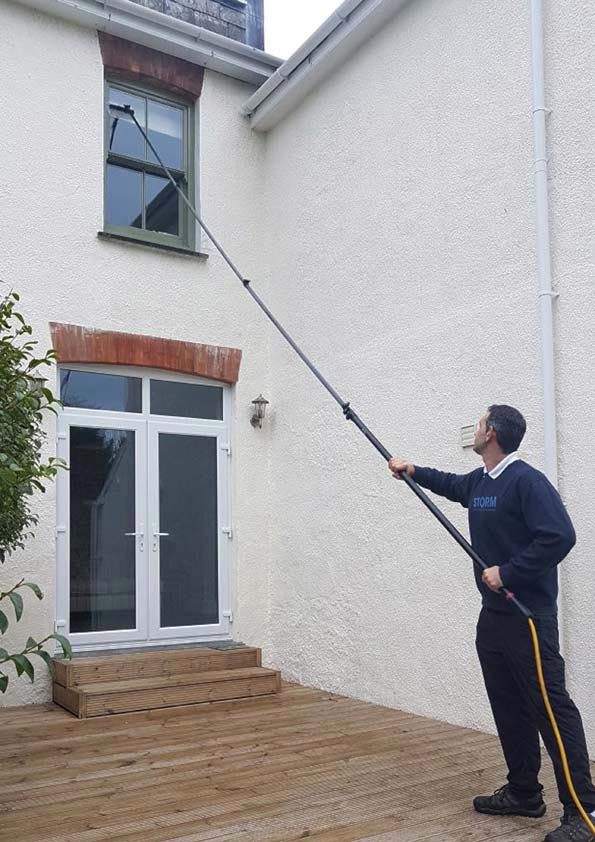 Residential domestic window cleaners for Leicestershire, Hinckley & Bosworth and South Derbyshire areas.