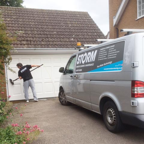 Leicester window cleaner window cleaning homes & commercial premises