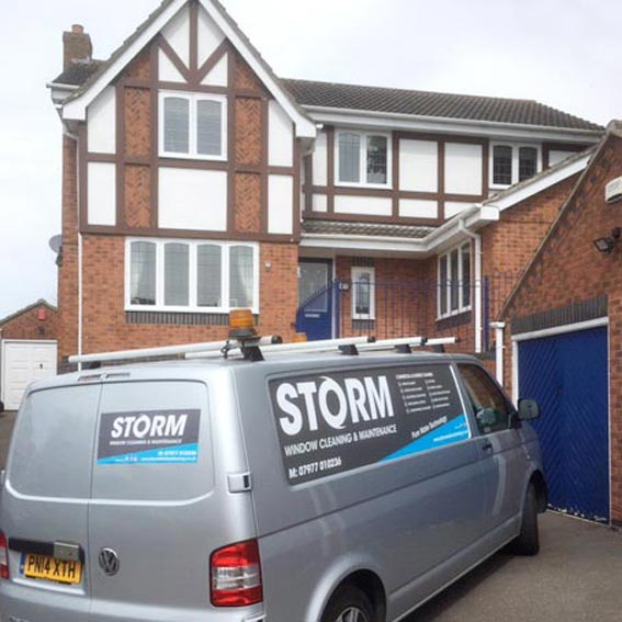 Window Cleaners & Gutter cleaners for Leicester
